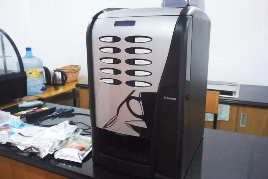 máy bán cà phê saeco rubino