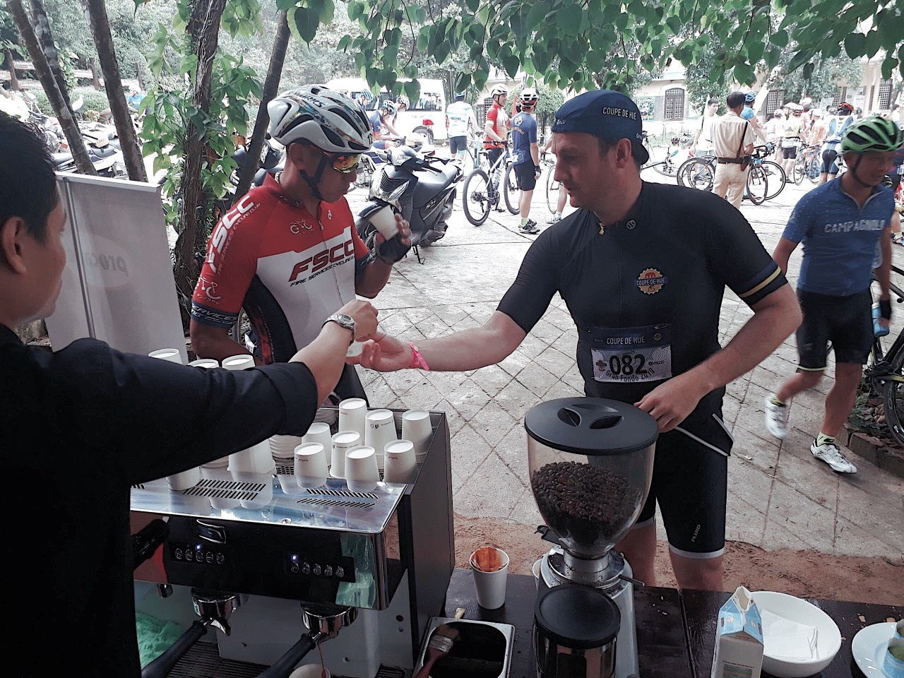 Cùng Procaffe chinh phục đam mê tại giải đua xe đạp Coup de Hue