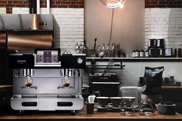 Saeco Dually – Máy pha cafe viên nén cao cấp